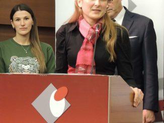 Zahvaljujuci-na-priznanju-gradonacelnica-istakla-dobru-saradnju-sa-somborskom-filijalom-NSZ