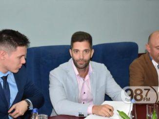 Potpisivanje-ugovora-za-ritam-evrope-kancelarija-za-mlade-