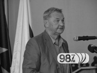 Sednica-Skupština-opštine-Apatin-20Živorad-Smiljanić-1024x683-CRNOBELA
