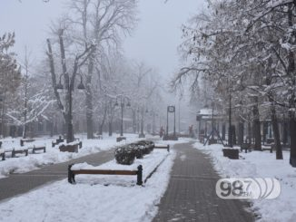 ociscene-ulice-u-apatinu-sneg-ciscenje-ulica-jkp-nas-dom-1