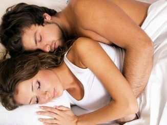 zasto-je-spavanje-u-dvoje-dobro-za-zdravlje (1)