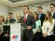 Novi Sad, 10. aprila 2019.- Gradski odbor SNS organizovao je danas vanrednu konferenciju za novinare na kojoj je govorio potpredsednik Izvrsnog odobra SNS i potpredsednik vojvodjanskog parlamenta Damir Zobenica (S). FOTO TANJUG/ JAROSLAV PAP/ nr
