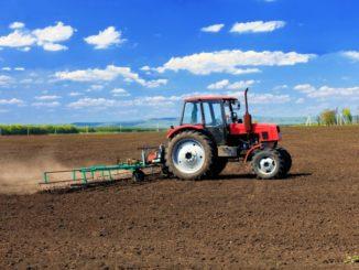 traktor_090916_tw630