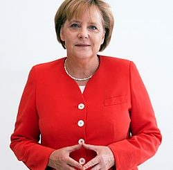 250px-Angela_Merkel_Juli_2010_-_3zu4