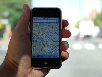 Google-Maps-navigacija-smartfon-620x350